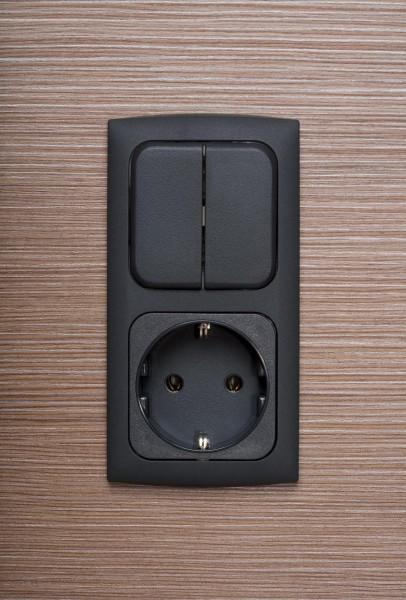 2-fach Kombination Serienschalter, Steckdose, Schiefergrau